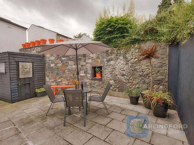 Courtyard-Cottage-1