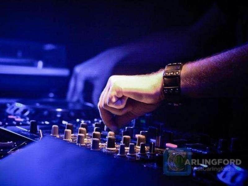 Personal-DJ-6
