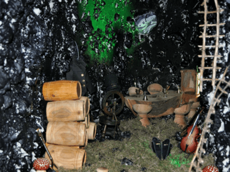 Leprechaun-Cavern-4